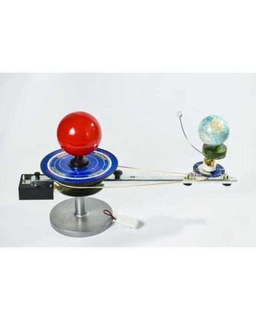 Г061 - Модел Сунце – Земља – Месец